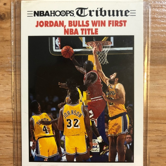 44a5bc32450a Michael Jordan Card NBA Hoops Tribune Chicago Bull.  M 5c0af569f75e52e5a2b9c1eb